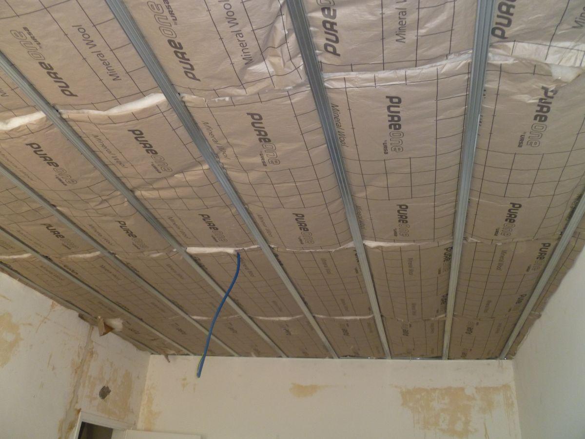 Comment isoler un plafond par l 39 int rieur artisan plaquiste verbe jerome - Comment avoir un platre ...